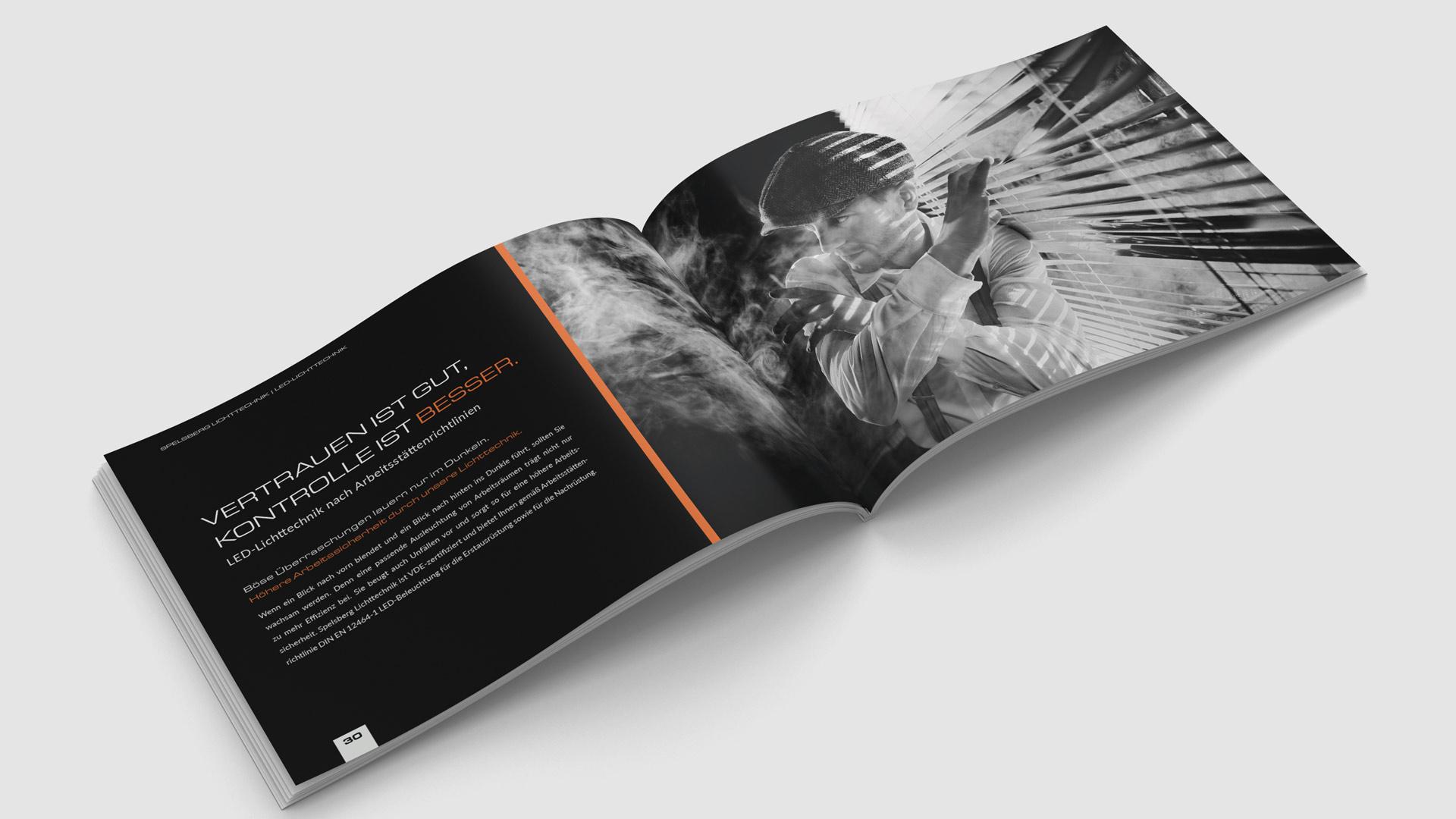 200-seitiger Produktkatalog mit großen Bildmotiven von Wurzelwerk